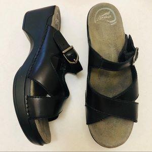 Dansko Clogs Criss Cross Sandals Black Size 9